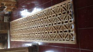 Penyekat Dinding Kayu Jati