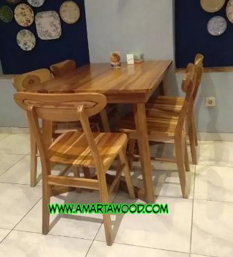 meja makan kayu jati minimalis ropan