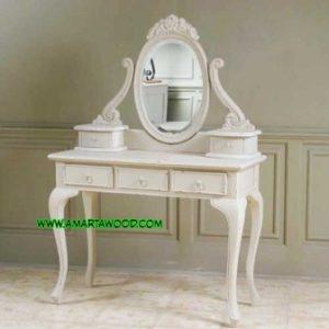 Meja Rias Cermin Oval Vintage Desain Mahal