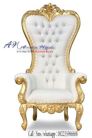 Sofa Ukir Mewah Kayu Jati Desain Emas Jok Putih