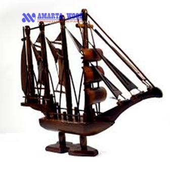 Miniatur Kapal Perahu Layar Murah