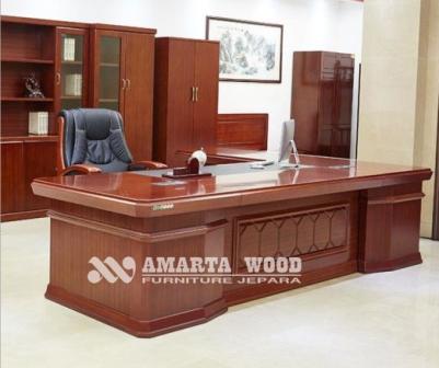Meja Kantor Kayu Jati Minimalis Mewah
