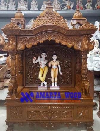 Altar Peribadatan Mewah Ukir Jati
